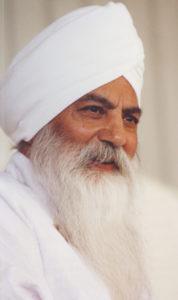 yogi_bhajan_web